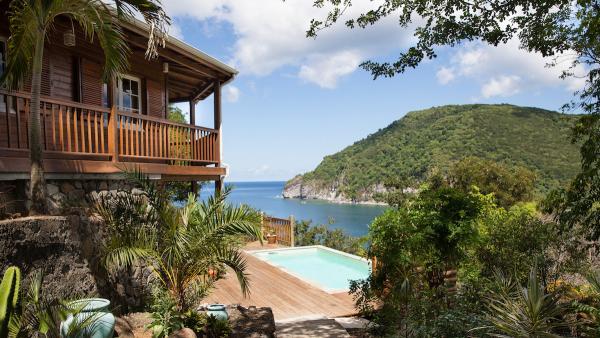 palmbay location villa luxe a deshaies en guadeloupe. Black Bedroom Furniture Sets. Home Design Ideas